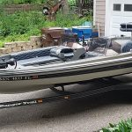 1989 Ranger 375V 18' - Anchors Aweigh used fishing boats for sale in mn (1)